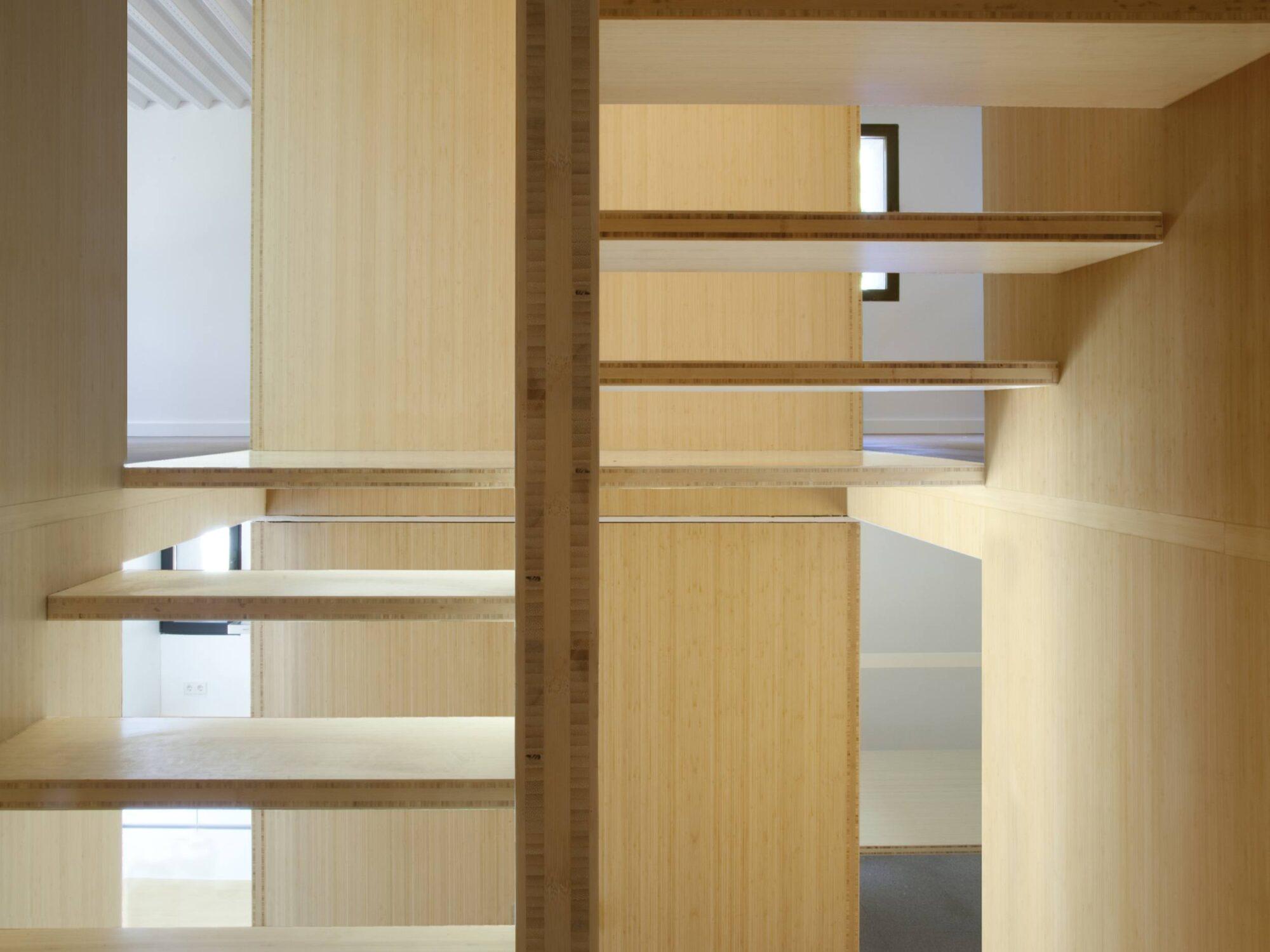 marche escalier bambou arbao